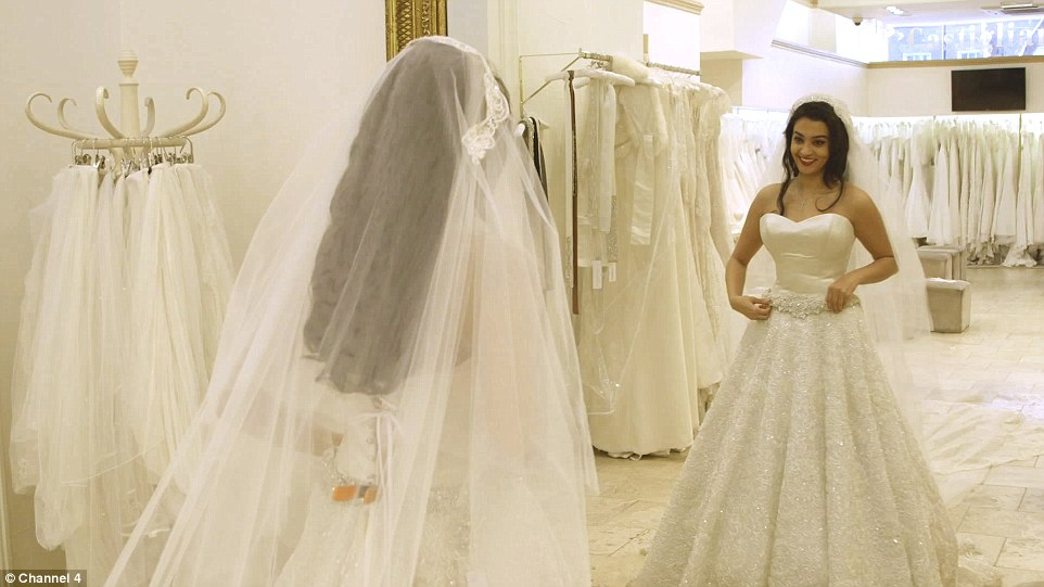 Gissa chose the perfect veil to go with her beaded gown