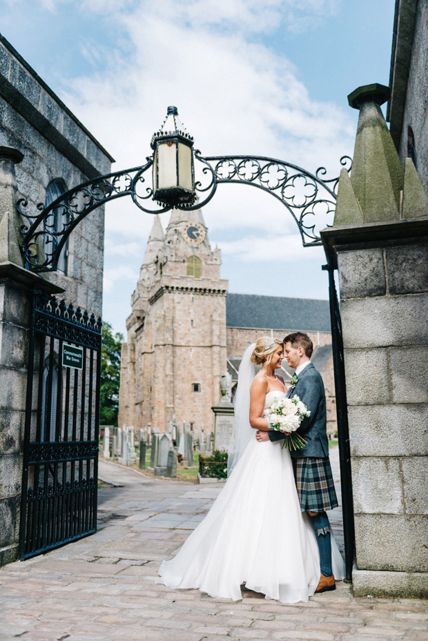 Sweet-family-home-wedding-in-Aberdeen-by-Donna-Murray-Photography-100-38