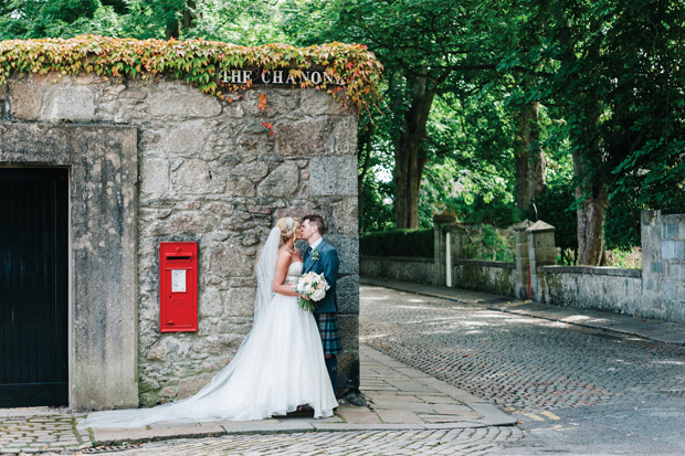 Sweet-family-home-wedding-in-Aberdeen-by-Donna-Murray-Photography-100-40